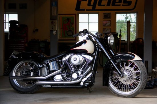 Unique Cycles Harley | CustomBike.cc