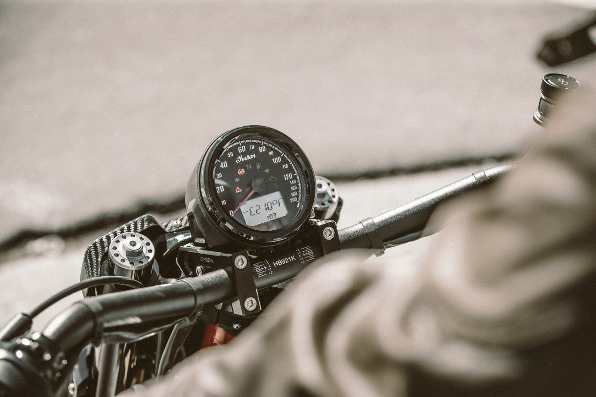 Indian Scout FTR1200 Instruments