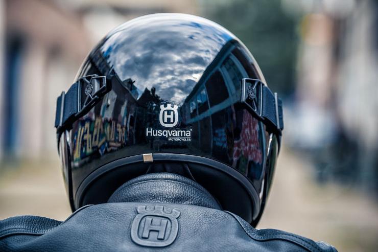 HUSQVARNA MOTORCYCLES PILEN HELMET Vitpilen/Svartpilen
