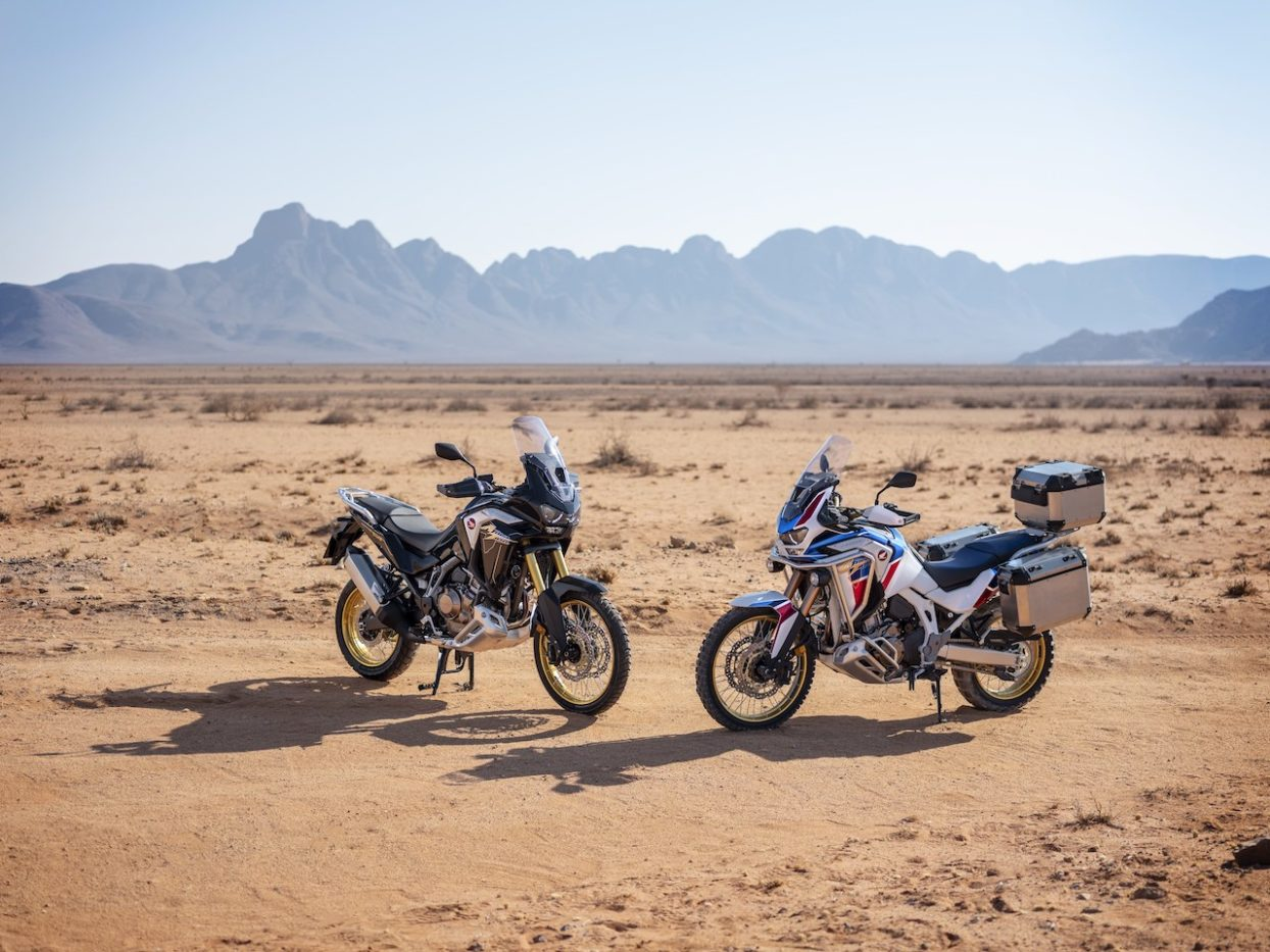 Honda Africa Twin & Africa Twin Adventure Sports in the desert