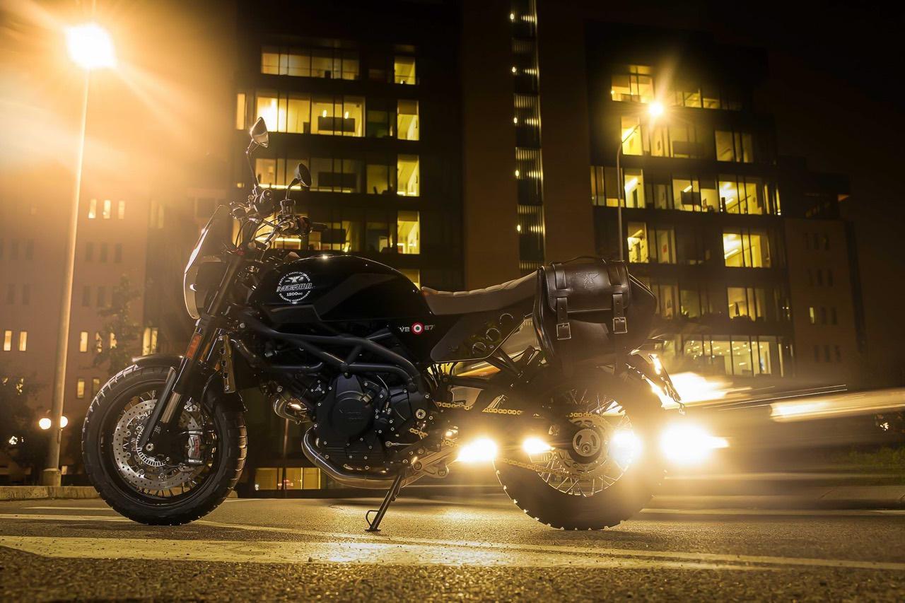 Moto Morini Super Scrambler in the street at night
