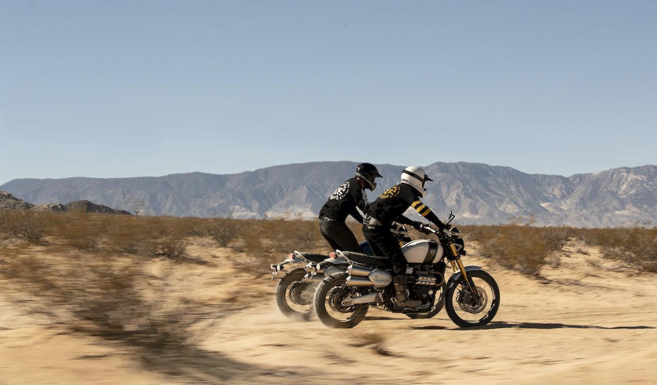 Scramblers - Two Riders in the desert on the Triumph Scrambler 1200 XE