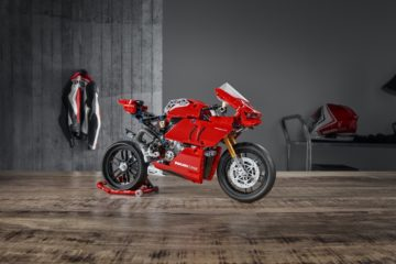 Ducati LEGO Panigale V4 R Technic Reproduction Set - tabletop