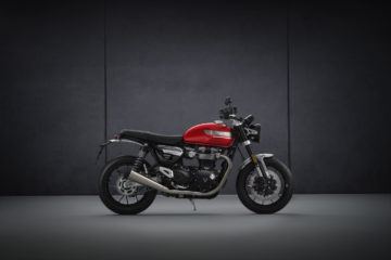 Red Triumph Speed Twin 2021 right-hand-side